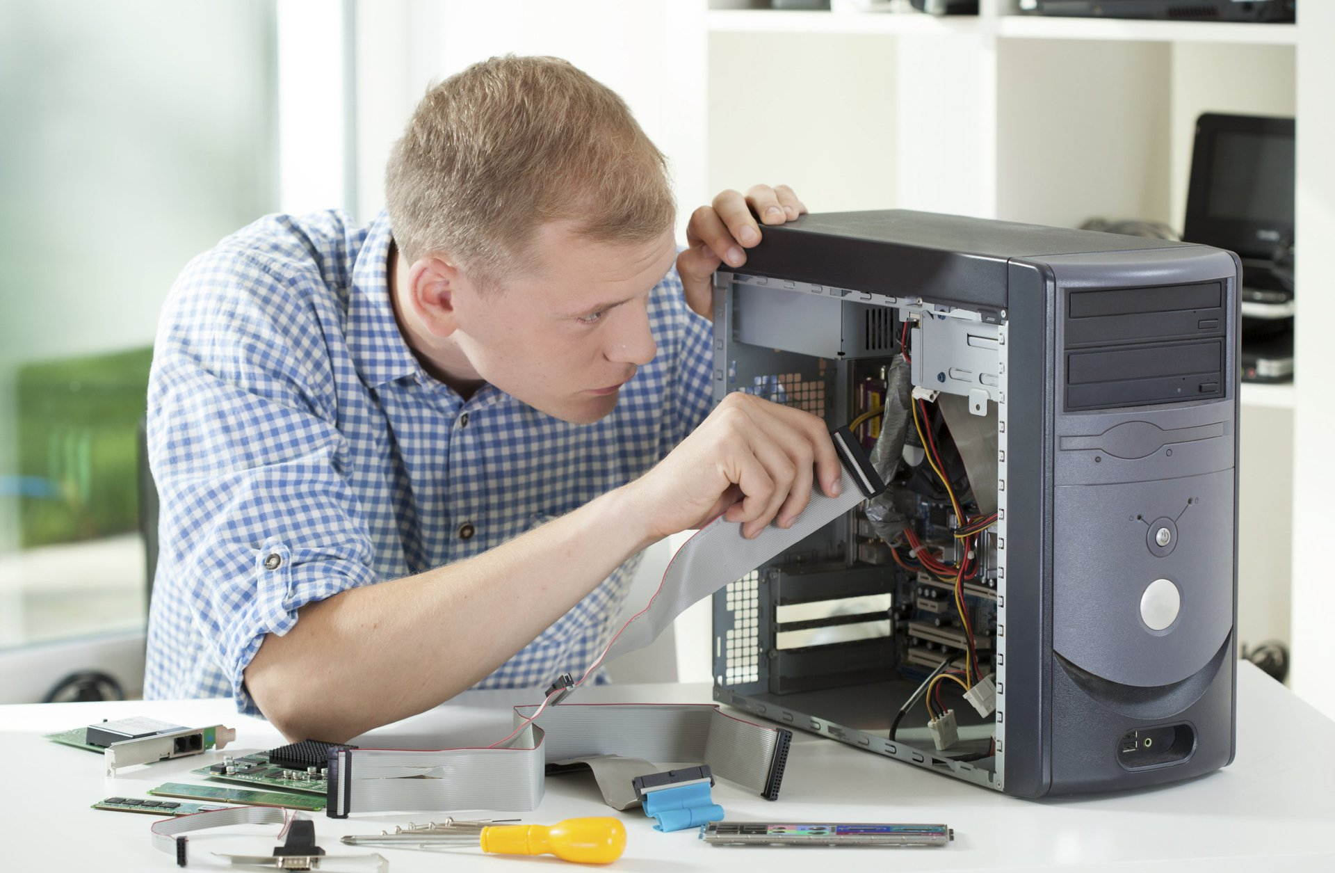 Hastings FL Onsite Computer PC & Printer Repairs, Networking, Voice & Data Cabling Solutions